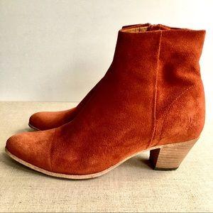 Fluevog Women US 10.5 Rust Suede Block Heel Bootie
